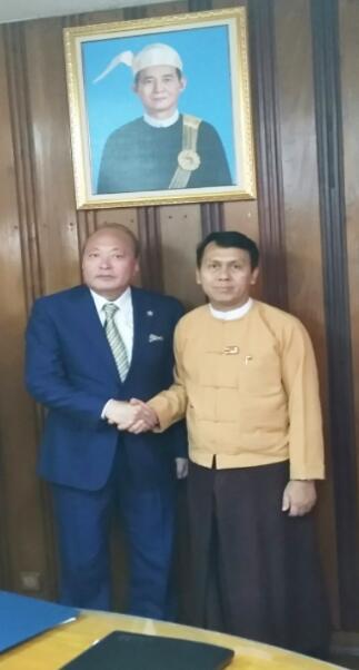 缅甸仰光省长吴漂敏登欢迎天狮集团在仰光省投资发展
