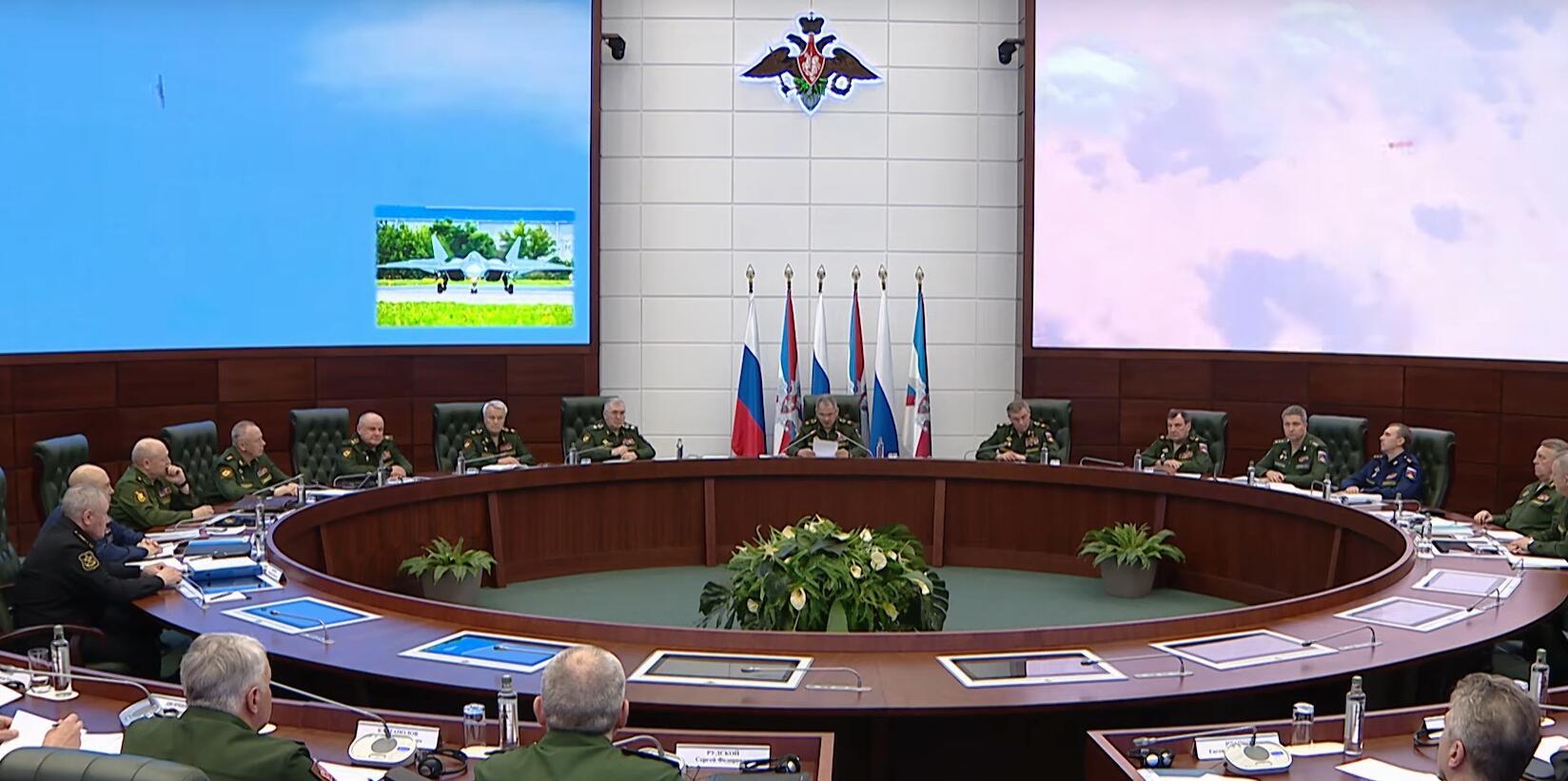俄罗斯首次展示苏57发射Kh59mk2隐身巡航导弹画面