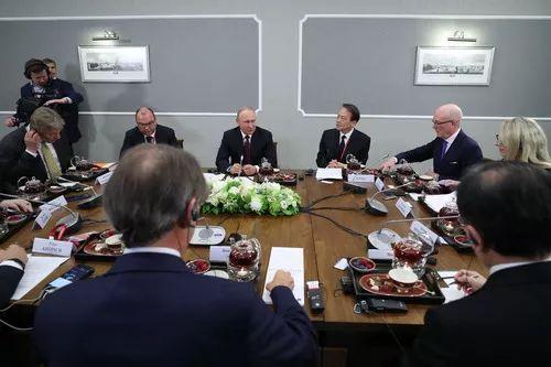 普京:美朝直接会谈将为解决半岛局势迫切问题创造条件