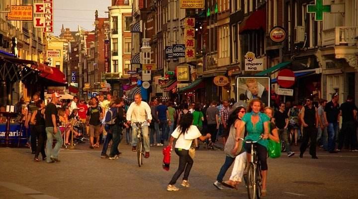 游客过多让人头疼!荷兰政府拟提高旅游税
