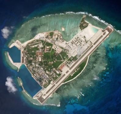 侠客岛:美军在南海的挑衅空前升级 斗一斗或许更健康