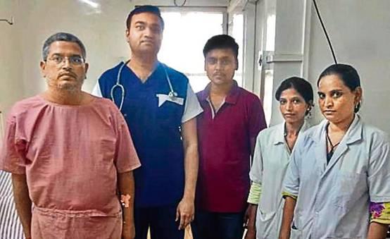 惊呆!印医生4小时从患者胆囊取出4100颗胆结石