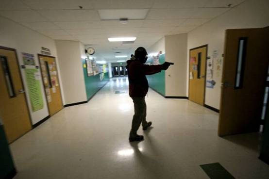 美国一射击游戏模拟校园枪击事件引不满