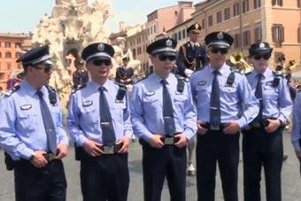 在外国看到中国警察巡逻是种什么体验?