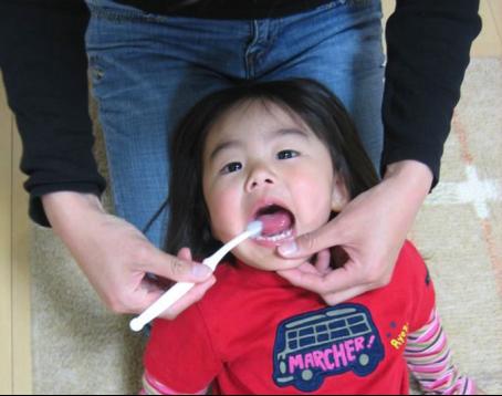"""日本孩子的pick对象 """"C位""""出道梦纳明儿童漱口水"""