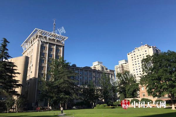 北京今天最高温重上30℃ 本周晴热升级将现35℃高温