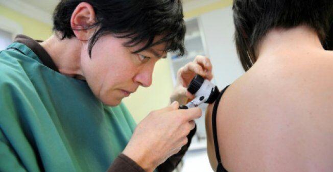 看照片就能确诊 科学家利用人工智能诊断皮肤癌准确率超专家
