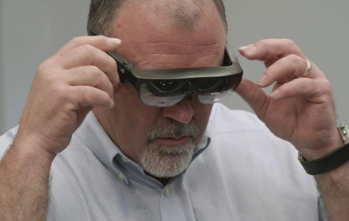 保时捷为189个服务中心提供AR眼镜 实时协作排除故障