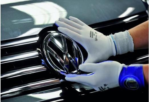 中国与欧洲需求强劲 大众预计超额完成电动车销量目标
