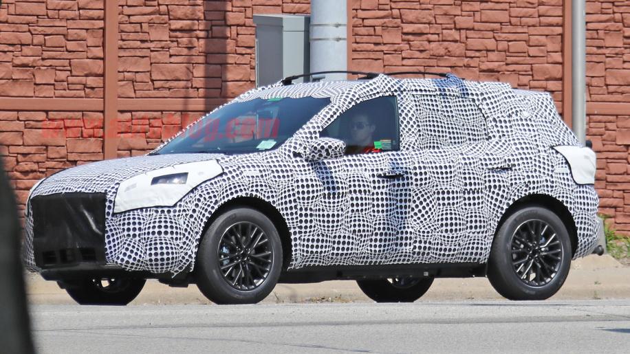 谍照:福特新一代插电式混合动力原型车曝光