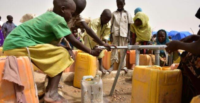 英救助儿童会:全球过半儿童受战争、贫困或歧视威胁