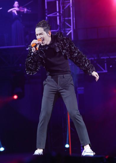 萧敬腾演唱会一连两日在台北小巨蛋火爆开唱
