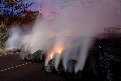 火山熔岩流喷向夏威重庆时时彩开奖结果夷大岛东端 更多居民被迫撤离