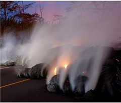 火山熔岩流喷向夏威夷大岛东端 更多居民被迫撤离