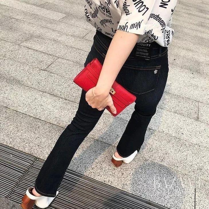 穿了小半年,这条黑色牛时时彩开奖记录仔裤Angelababy怎么又双����穿上了?