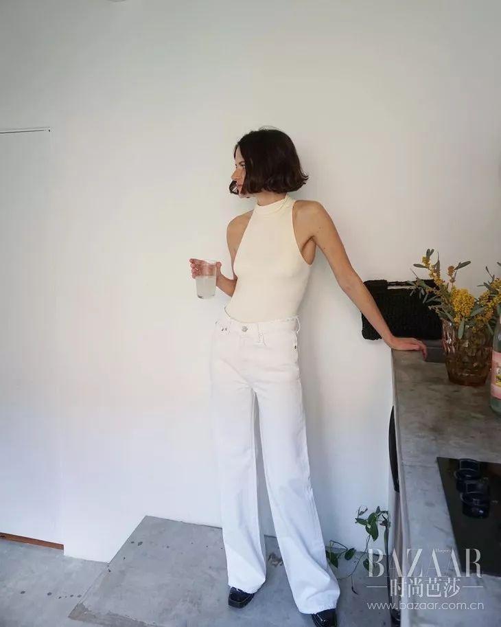 唐嫣钟楚曦爱的削肩重庆时时开奖结果记录设计,在显瘦上撑起了一片天!