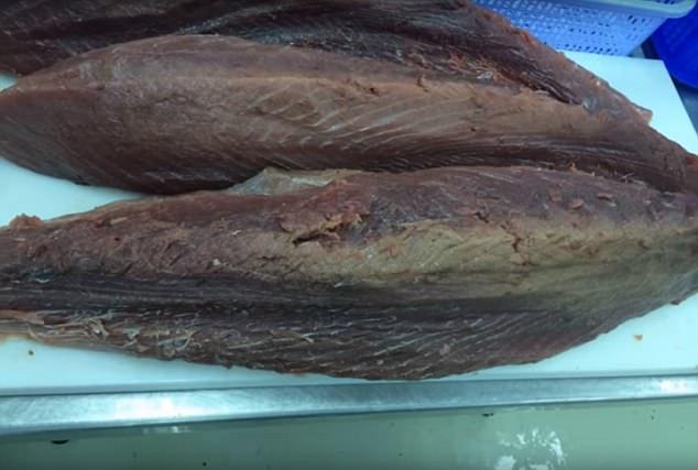 视频曝光越南工厂处理不新鲜鱼肉 伪装成新鲜肉流入市场大学生网络购物调查
