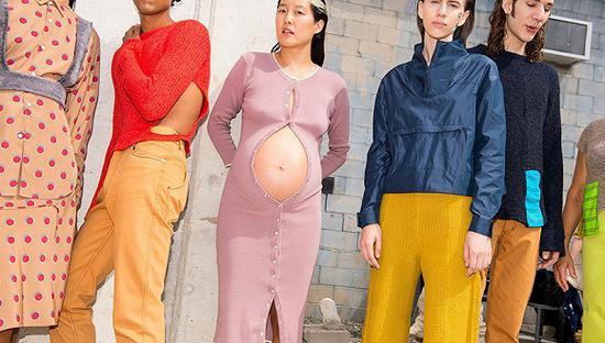 虽然模特界向来以瘦为美 但怀着孕的妈妈模特也受欢迎