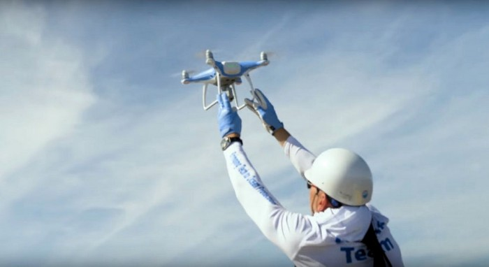 DJI无人机帮助鲸鱼免受海洋垃圾的侵袭