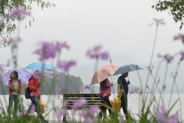 杭州大雨渐止 舒爽的儿童节和周末正在路上