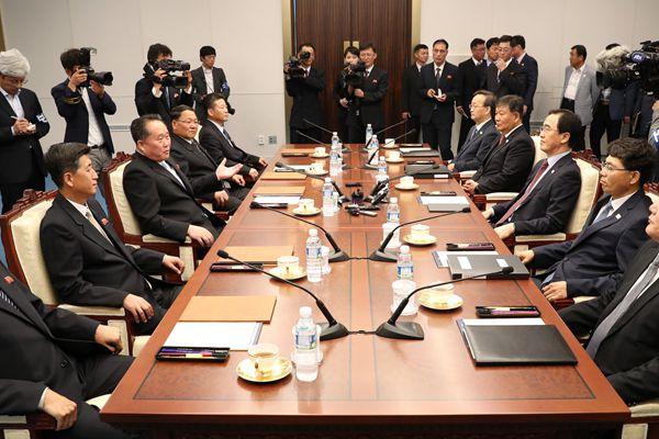 韩媒:韩朝举行高级别会谈
