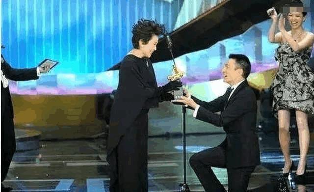 刘德华见到她都要下跪 这个影后晚年凄惨只得靠刘德华照顾
