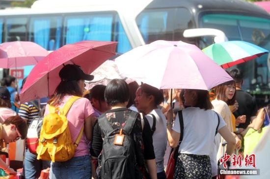 """北京""""烧烤""""模式仍将持续 今日最高温或达36℃"""