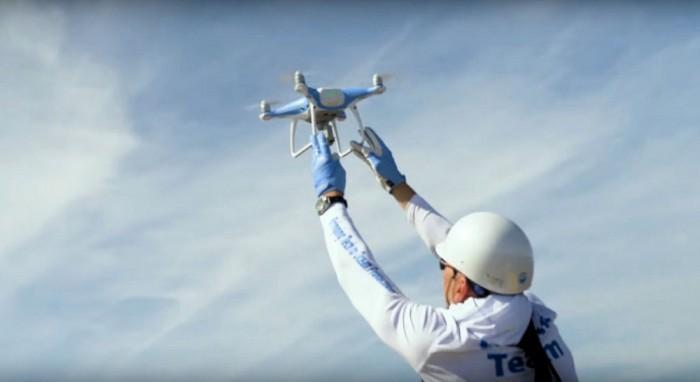 DJI无人机帮助鲸鱼免受海洋垃圾侵袭