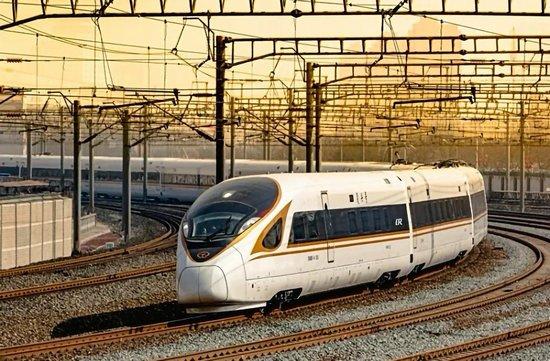 """7月1日铁路调整运行图 长编组""""复兴号""""将首次在京沪高铁线上运行"""