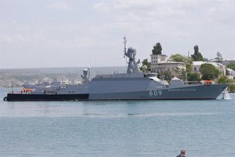 没落了:俄庆祝第6艘不足千吨轻型护卫舰服役