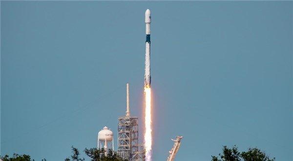 SpaceX再出发 搭载商业卫星年底启航