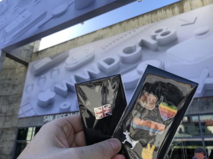 WWDC 2018苹果官方周边:牛仔夹克和苹果徽章