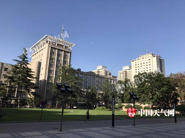 高考周高温将做客北京三天 周四起气温回落至31℃