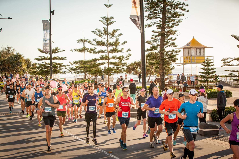 马拉松去哪跑?黄金海岸马拉松报名创新高?
