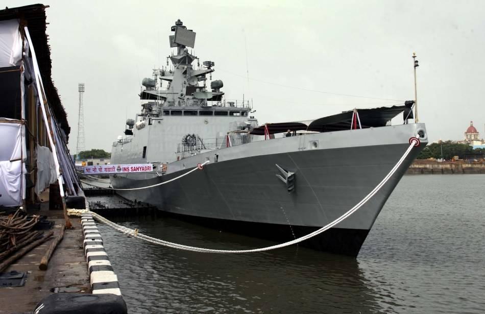 中国舰艇跟踪侦察印隐形战舰?专家:缺乏常识的误判