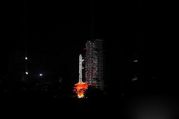 中国成功发射风云二号H气象卫星