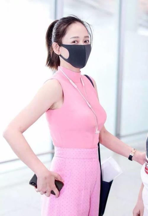 陈乔恩只不过穿了一件紧身衣,路人都呆了!网友:这身材简直不得了!