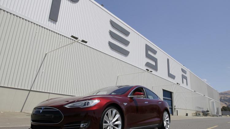 特斯拉证实将在上海建首座海外工厂 投产电池与汽车
