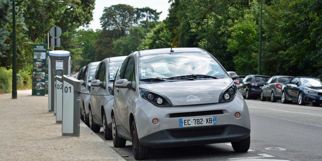 难填亏损 巴黎政府欲停止Autolib'电动汽车共享服务