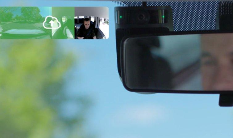 汽车AI公司推新技术 防止司机驾驶过程中走神