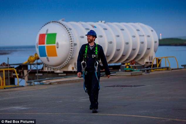 微软拟部署潜艇式水下数据中心 欲提高网速