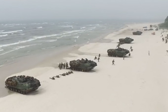 北约22国在波罗的海上演大规模登陆演习