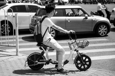 叫停共享电单车,仍是耳边风?