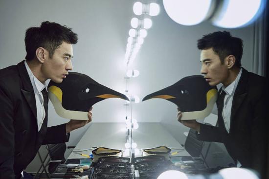 李光洁成守护南极形象大使 化身企鹅人关注环保