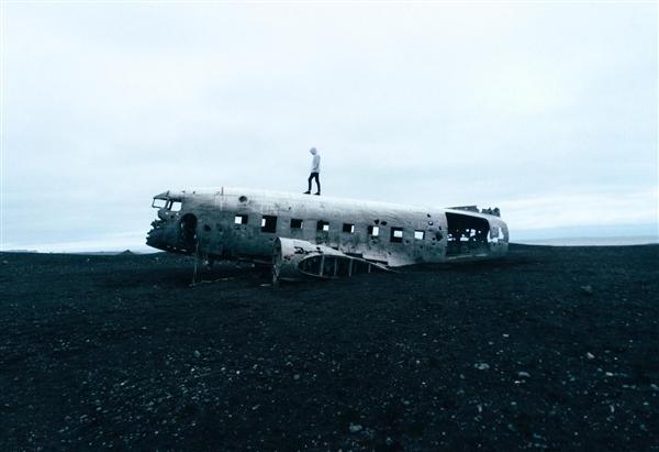 一架测试中的电动飞机在匈牙利坠毁 造成两人死亡