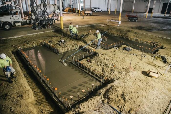 法拉第未来加州工厂已动工建设 最早年底投入生产