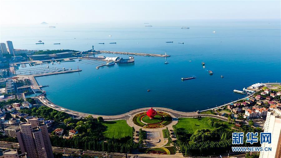 """(新华全媒头条·上合青岛峰会·图文互动)(1)远航,扬起""""上海精神""""的时代风帆——写在上海合作组织成员国元首理事会第十八次会议即将召开之际"""