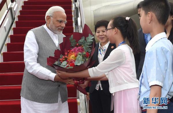 印度总理莫迪抵达青岛,首次以成员国身份参加