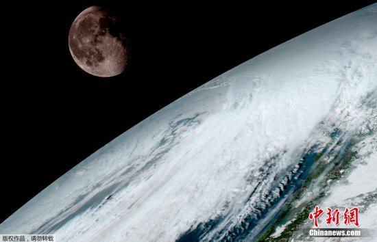 荒凉、瑰丽和壮观 登月宇航员眼里的太空什么样