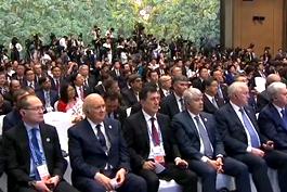 上合组织成员国领导人会见记者